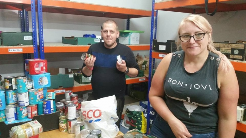 jeanette-at-food-bank